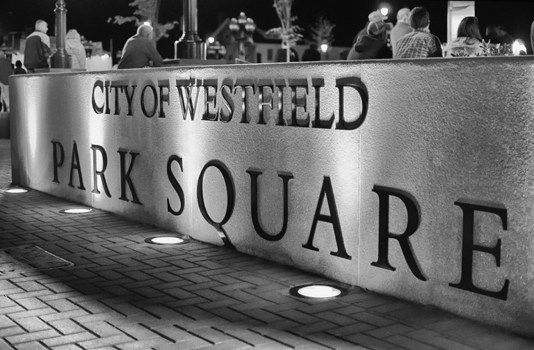 Westfield Park Square Sign